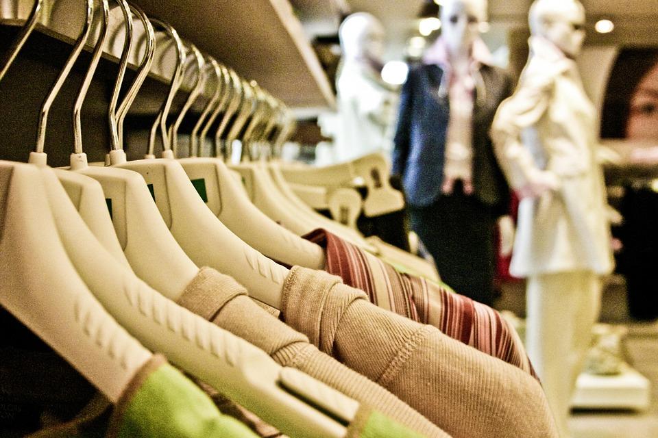 Błędne przekonania na temat pracy stylisty i pracy ze stylistą. galeria zakupy